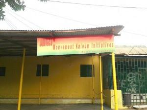 Banderoles de soutien politique à Kaloum, Conakry