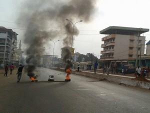 Violences sur l'axe Hamdalaye, Bambeto - Guinée (Source africaguinee.com)