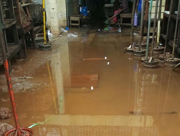Importants dégâts des eaux dans les habitations à Conakry - Pluie et inondation
